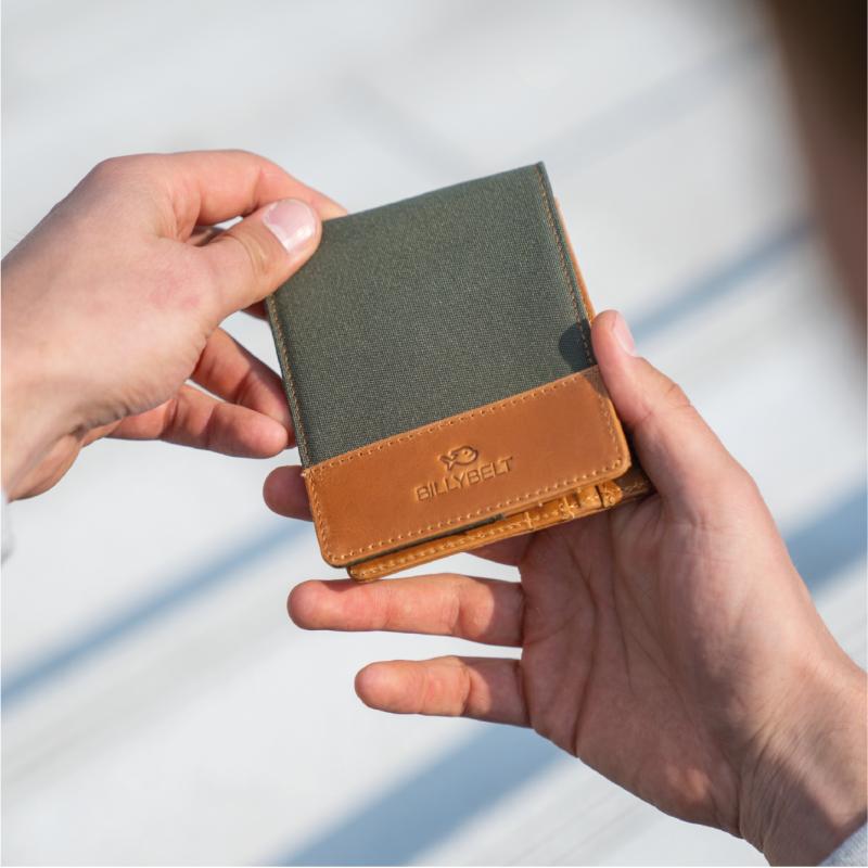 Leather wallet - Khaki
