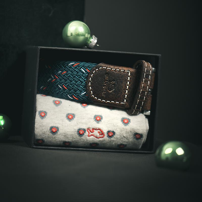 One belt one pair of socks gift box