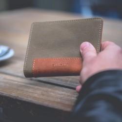 Code + Wallet  Beige