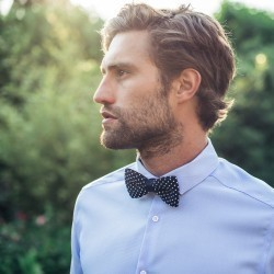 Knitted Bow tie  Navy / white