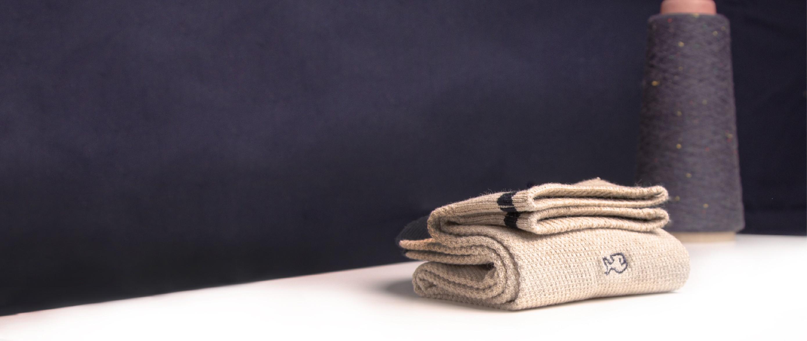Pique knit socks